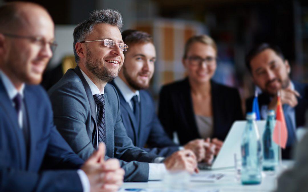 ¿Cuál es la diferencia entre gestión de proyectos y gestión de operaciones?